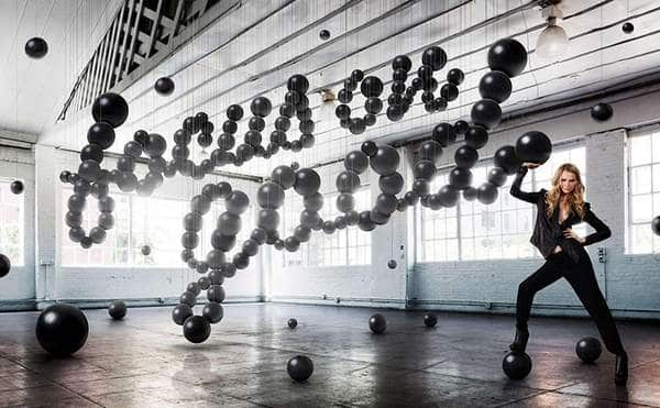 AIZONE CAMPAGNE BY SAGMEISTER & WALSH  (3)
