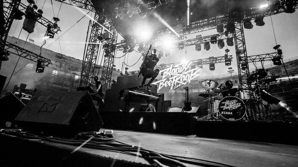 BLOODY-BEETROOTS-600x337