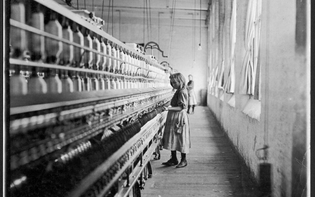 Lewis Hine « Sadie Pfeiffer, fileuse de coton »