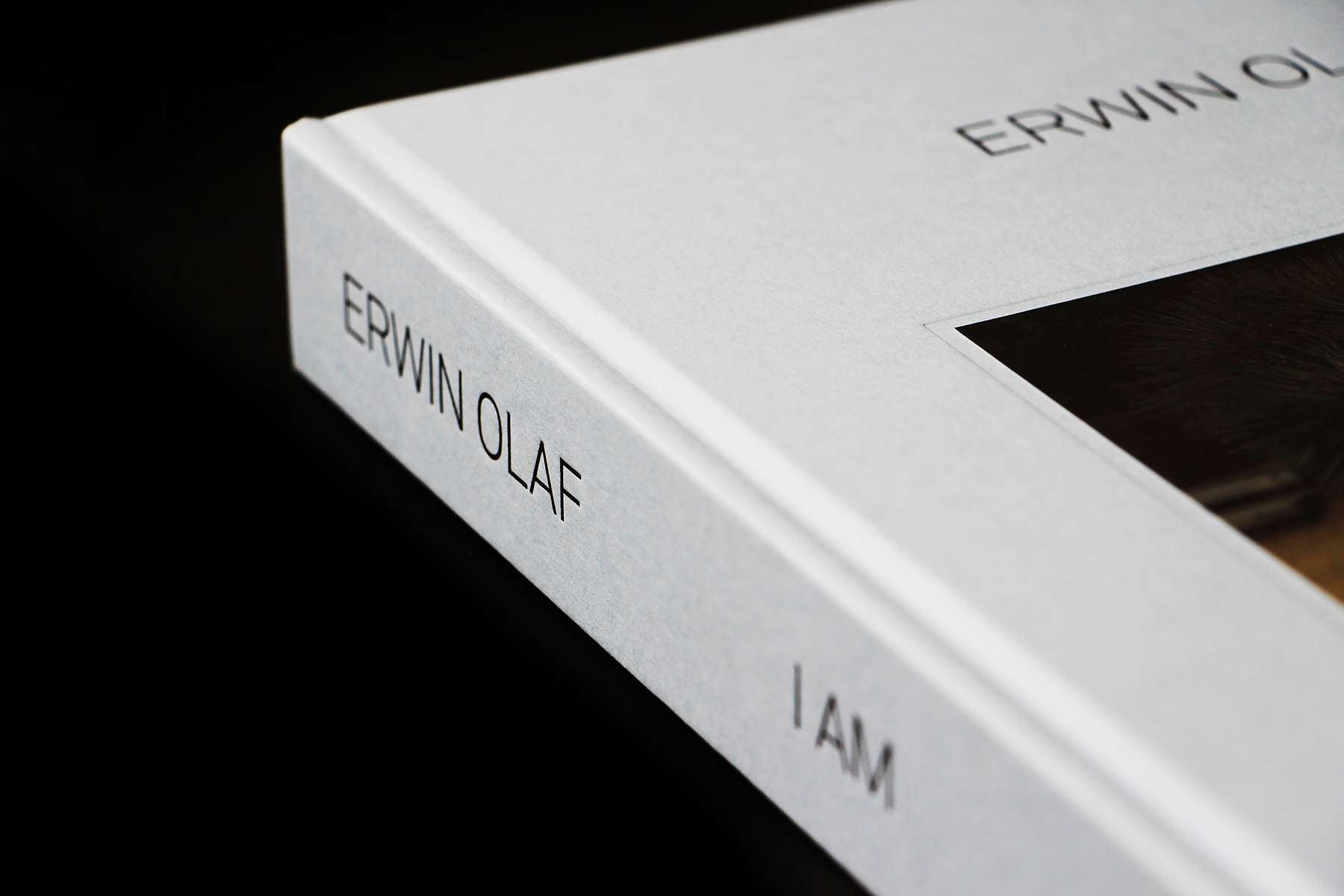 Erwin Olaf : I am 2