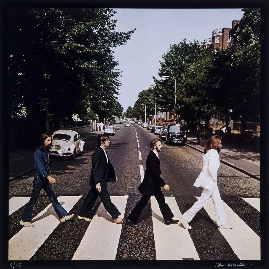 The Beatles Abbey Road le making of de la cover de Iain MacMillanThe Beatles Abbey Road le making of de la cover de Iain MacMillan
